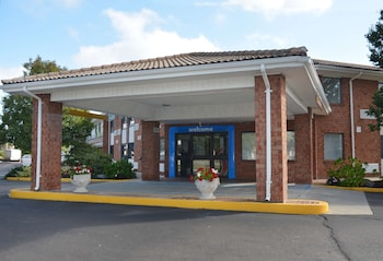 羅德島新港 6 號汽車旅館 Motel 6 Newport, RI
