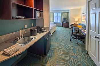 Greensboro Vacations - SpringHill Suites by Marriott Greensboro - Property Image 1