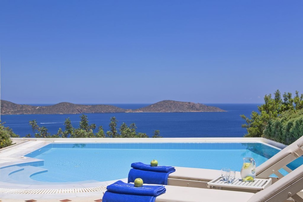 엘룬다 걸프 빌라 앤 스위트(Elounda Gulf Villas And Suites) Hotel Image 122 - Resort View