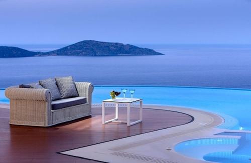 . Elounda Gulf Villas