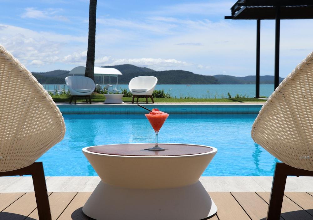 https://i.travelapi.com/hotels/2000000/1050000/1047200/1047180/31a65a62_z.jpg