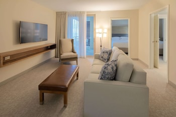 Suite, 2 Queen Beds, Accessible, Balcony (Roll-In Shower)