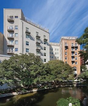 Hotel - Wyndham Riverside Suites