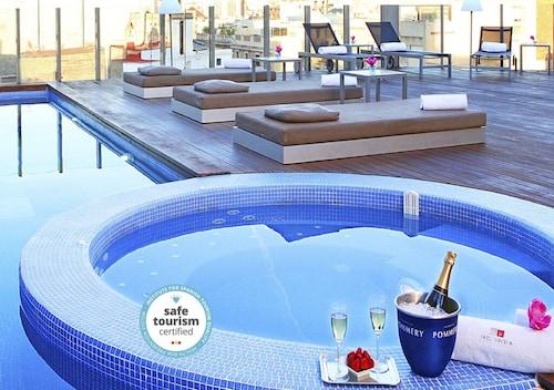 Barcelona - Axel Hotel Barcelona & Urban Spa - Adults Only - z Warszawy, 15 kwietnia 2021, 3 noce