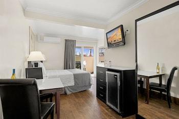 Room, 1 Queen Bed, Patio (Private Patio)