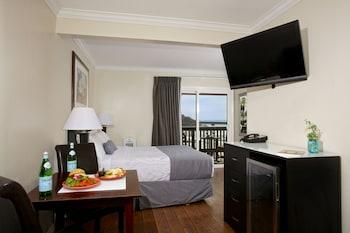 Standard Room, 1 Queen Bed, Balcony, Ocean View