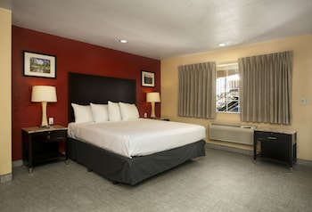 Deluxe Room, Multiple Beds