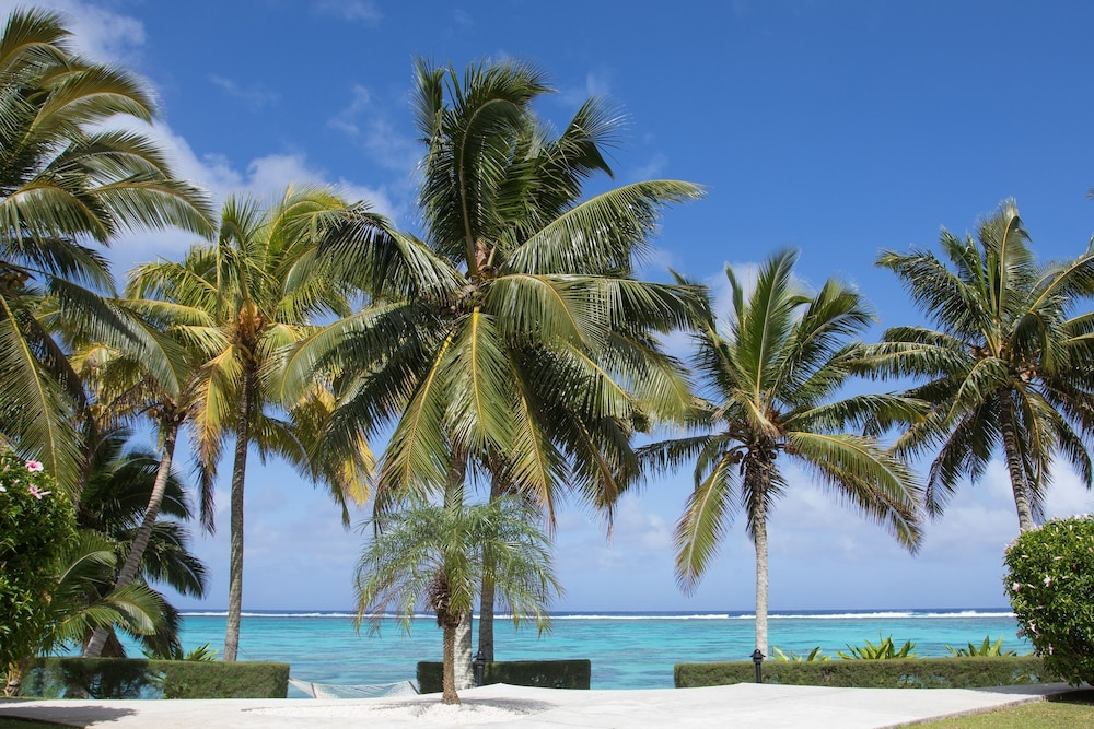cheap flights to cook islands search comparison travelko. Black Bedroom Furniture Sets. Home Design Ideas