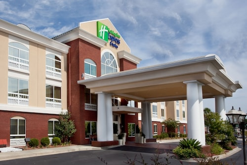 . Holiday Inn Express Sumter
