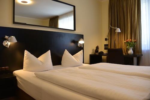 Monachium - Hotel Belle Blue - z Warszawy, 28 marca 2021, 3 noce