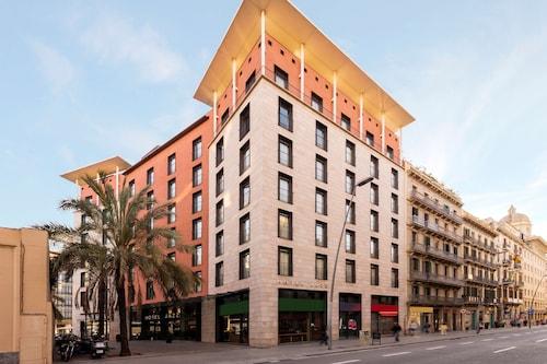 Barcelona - Hotel Jazz - z Warszawy, 15 kwietnia 2021, 3 noce
