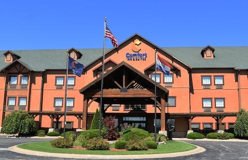 . Comfort Inn & Suites Macon