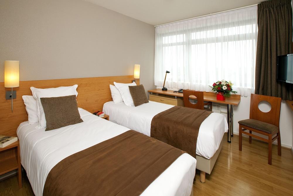 세주르 & 아페레 브레타뉴 - 렌(Séjours & Affaires Bretagne - Rennes) Hotel Image 6 - Guestroom
