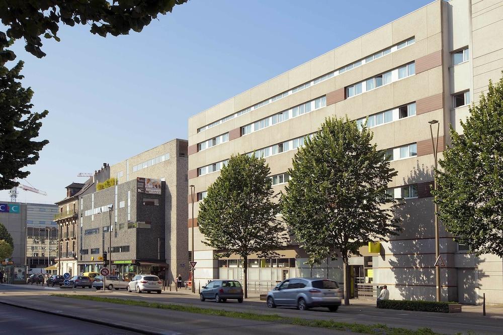Hotel Sejours & Affaires Nantes Ducs de Bretagne