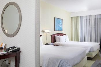 Guestroom at SpringHill Suites by Marriott Norfolk Virginia Beach in Norfolk