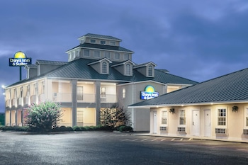 Hotel - Days Inn by Wyndham Trumann AR