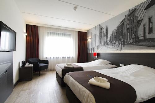 Zoetermeer - Bastion Hotel Zoetermeer - z Poznania, 10 kwietnia 2021, 3 noce