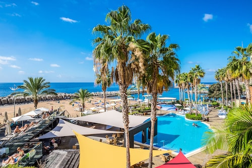 . Calheta Beach – All-inclusive | Savoy Signature
