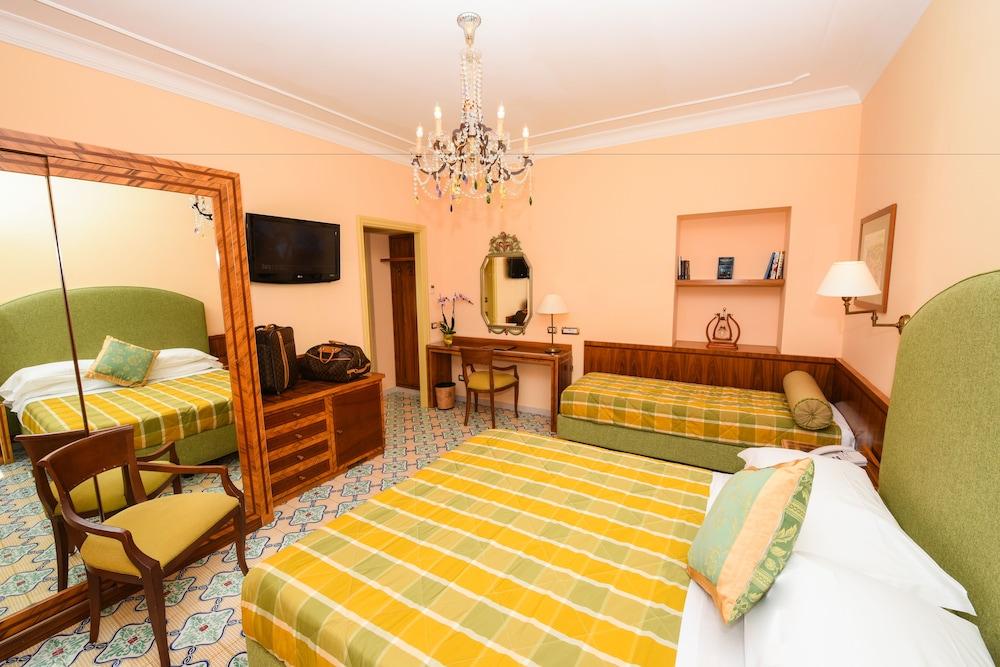 호텔 안티체 무라(Hotel Antiche Mura) Hotel Image 30 - Guestroom
