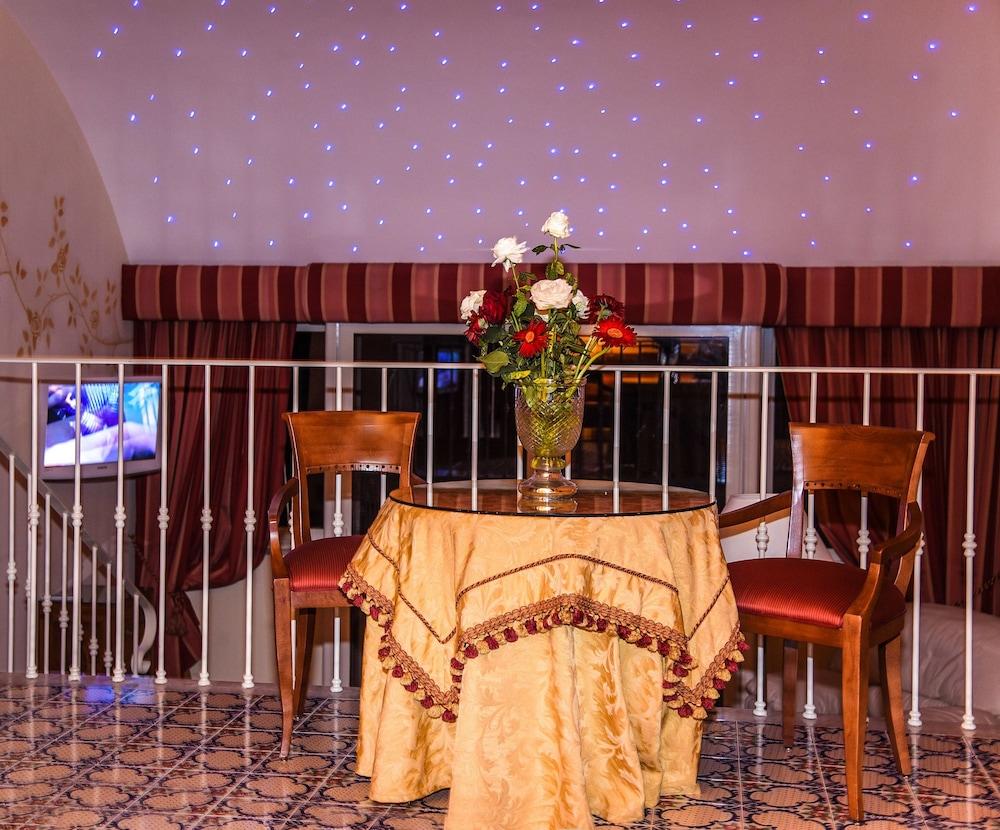 호텔 안티체 무라(Hotel Antiche Mura) Hotel Image 46 - Living Area