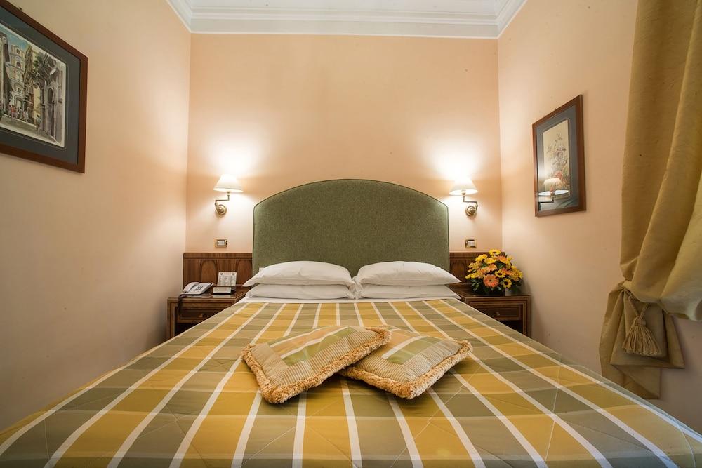 호텔 안티체 무라(Hotel Antiche Mura) Hotel Image 39 - Guestroom