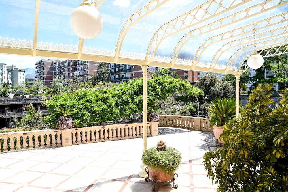호텔 안티체 무라(Hotel Antiche Mura) Hotel Image 109 - Terrace/Patio