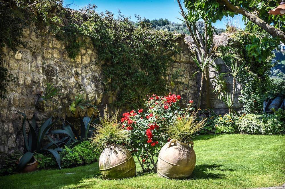 호텔 안티체 무라(Hotel Antiche Mura) Hotel Image 97 - Garden