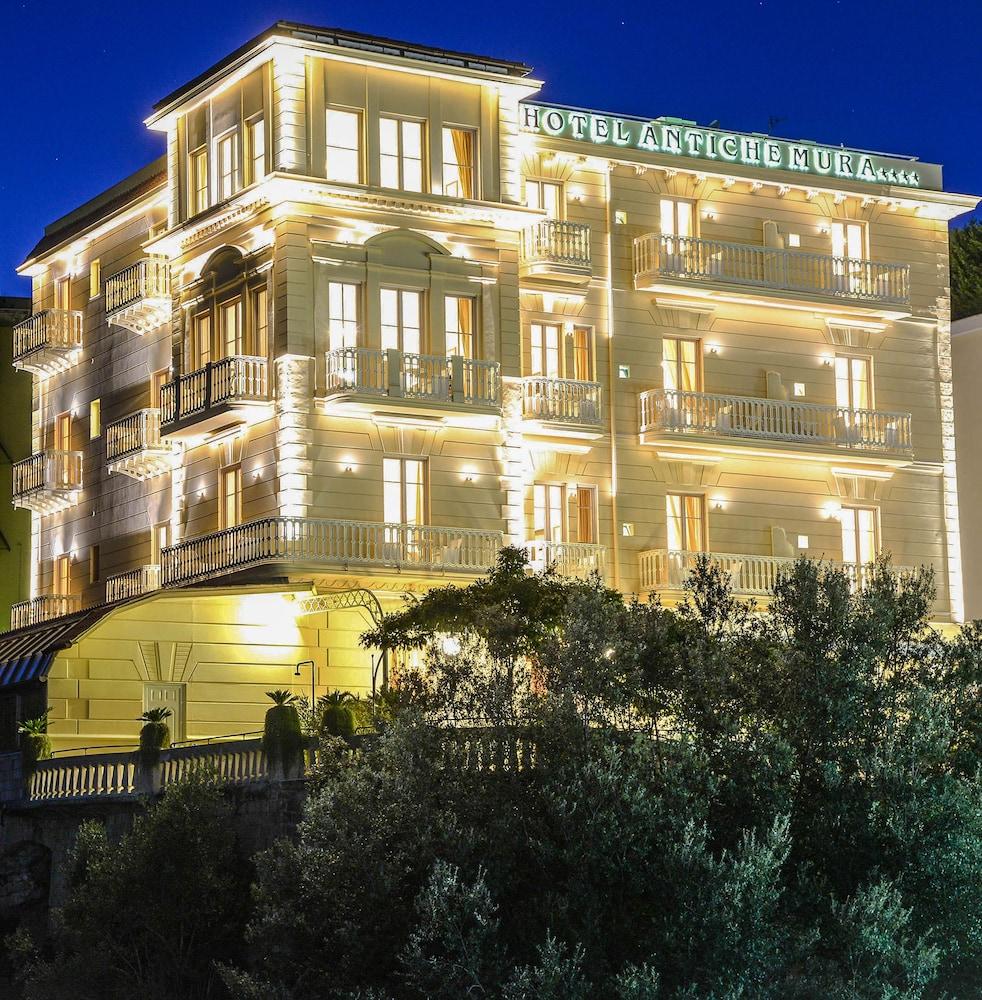 호텔 안티체 무라(Hotel Antiche Mura) Hotel Image 92 - Hotel Front - Evening/Night