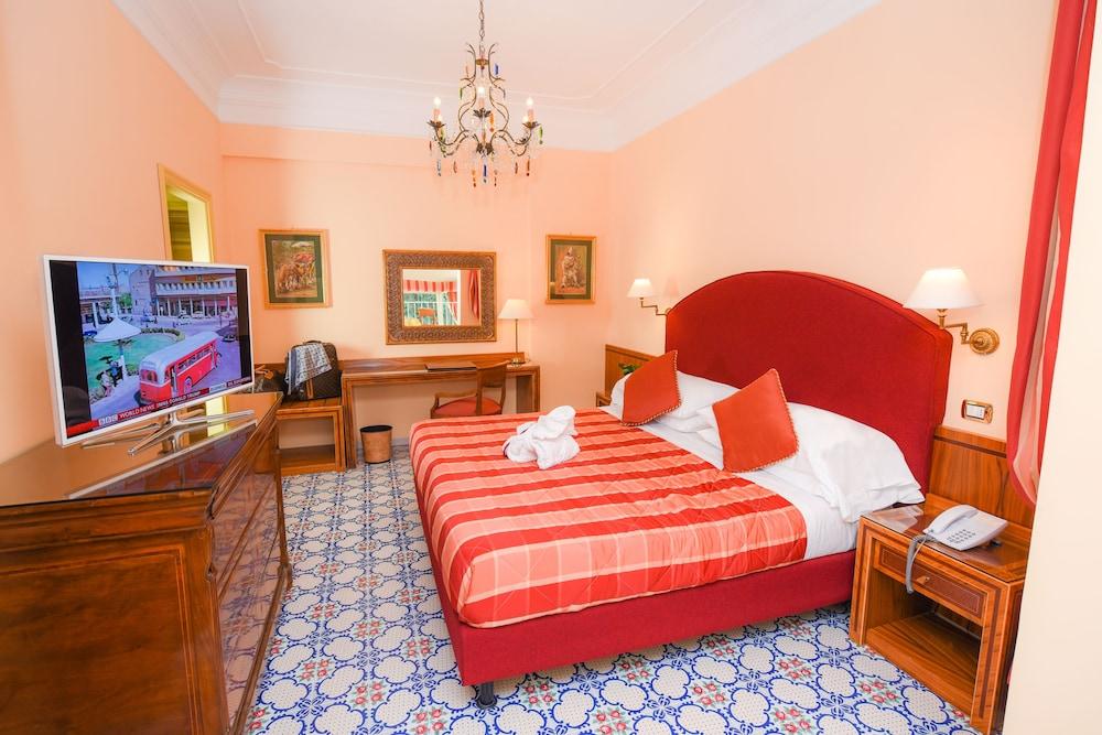 호텔 안티체 무라(Hotel Antiche Mura) Hotel Image 34 - Guestroom
