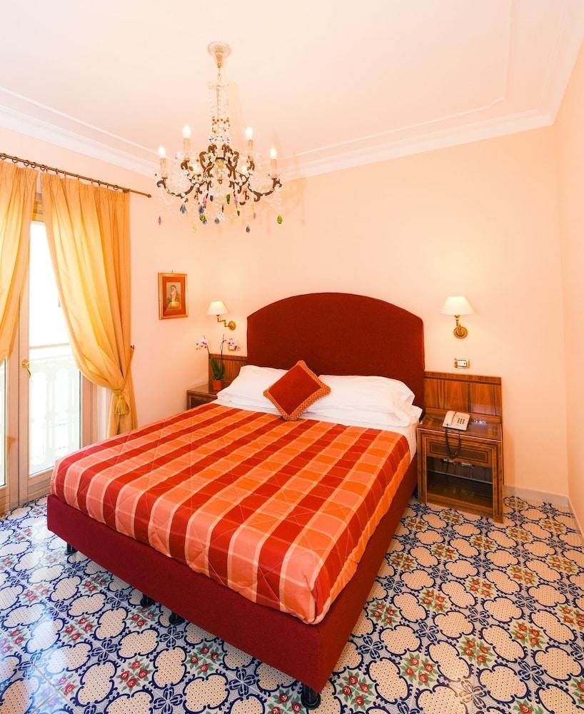 호텔 안티체 무라(Hotel Antiche Mura) Hotel Image 12 - Guestroom