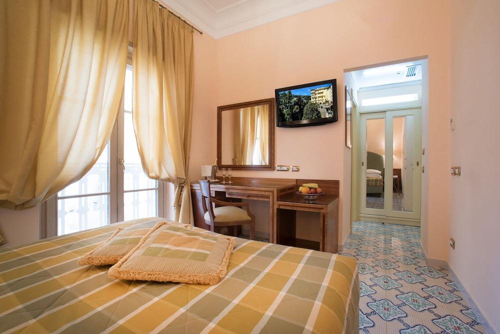 호텔 안티체 무라(Hotel Antiche Mura) Hotel Image 42 - Guestroom