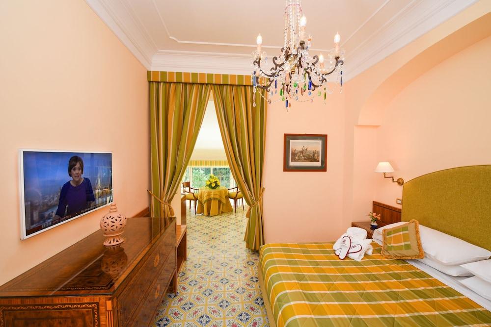 호텔 안티체 무라(Hotel Antiche Mura) Hotel Image 35 - Guestroom