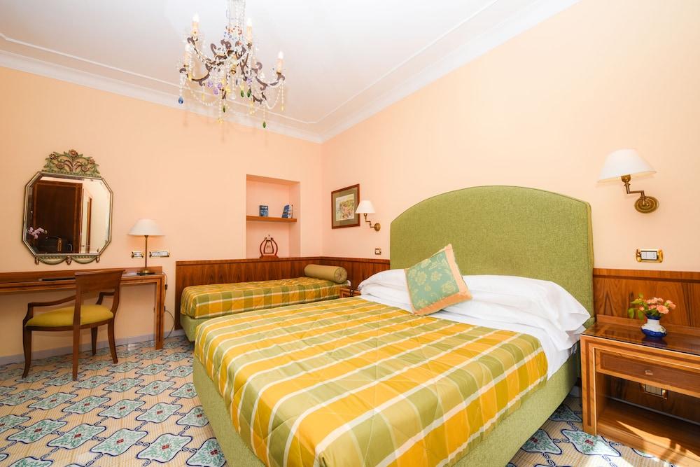 호텔 안티체 무라(Hotel Antiche Mura) Hotel Image 37 - Guestroom