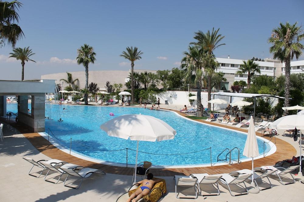 레지오호텔 만프레디(Regiohotel Manfredi) Hotel Image 39 - Outdoor Pool
