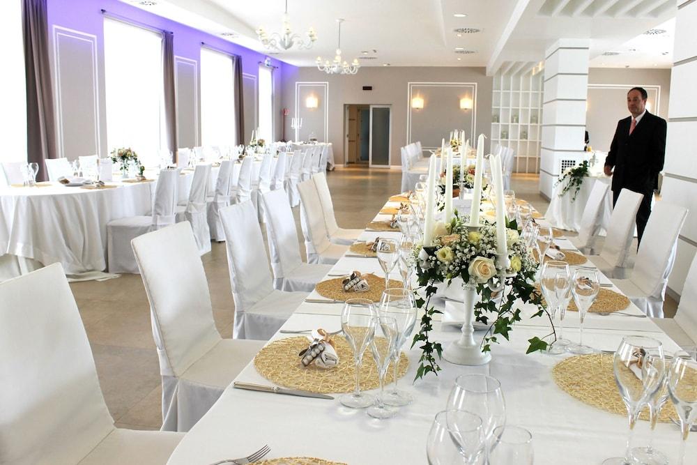 레지오호텔 만프레디(Regiohotel Manfredi) Hotel Image 73 - Restaurant
