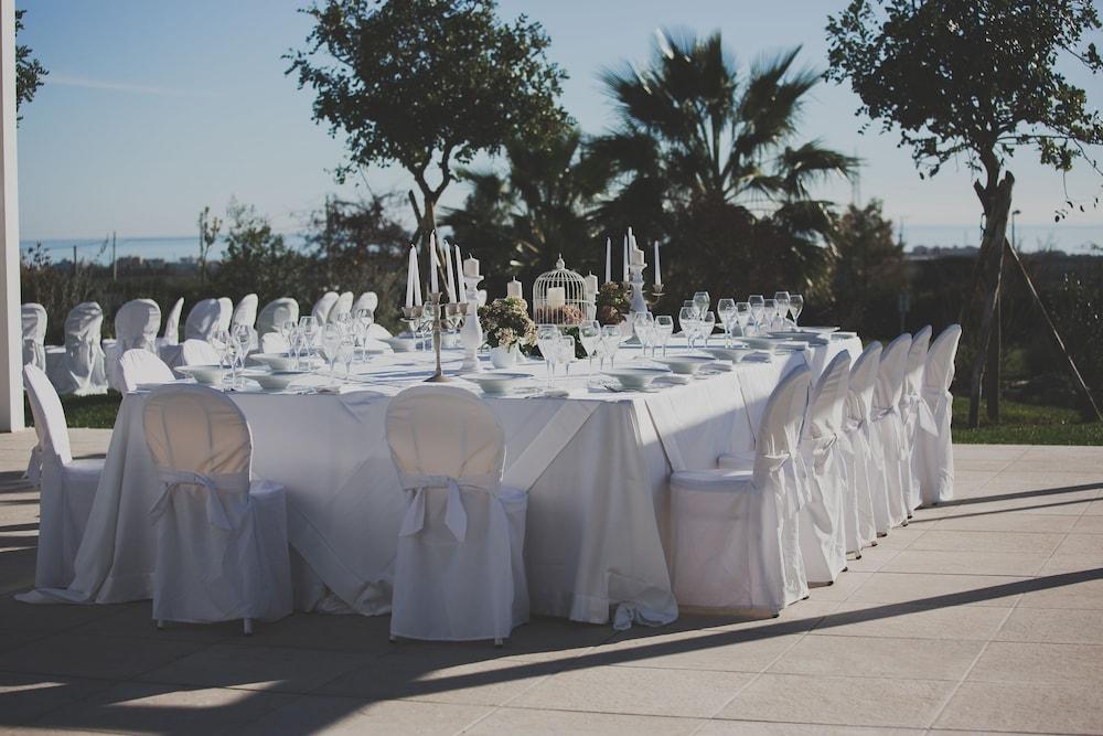 레지오호텔 만프레디(Regiohotel Manfredi) Hotel Image 93 - Outdoor Wedding Area