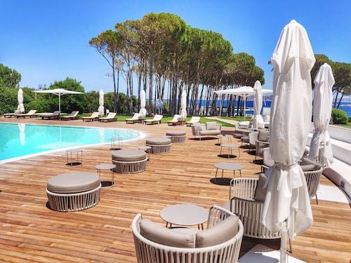 . Hotel La Coluccia