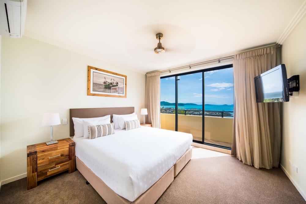 https://i.travelapi.com/hotels/2000000/1070000/1060500/1060430/8c8ed22d_z.jpg