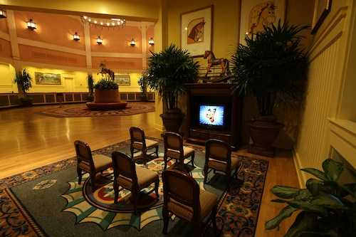 Disney's Saratoga Springs Resort & Spa image 4