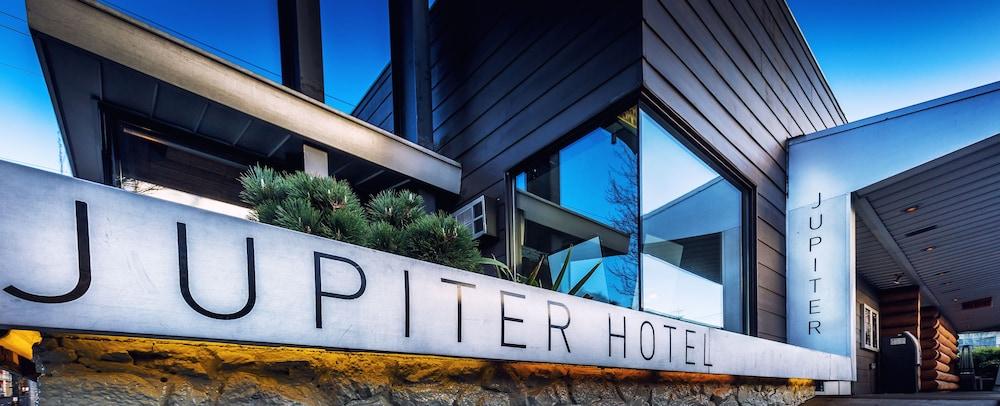 Featured Portland Hotel: Jupiter Hotel