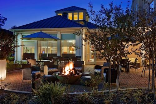 __{offers.Best_flights}__ Hilton Garden Inn Houston / The Woodlands