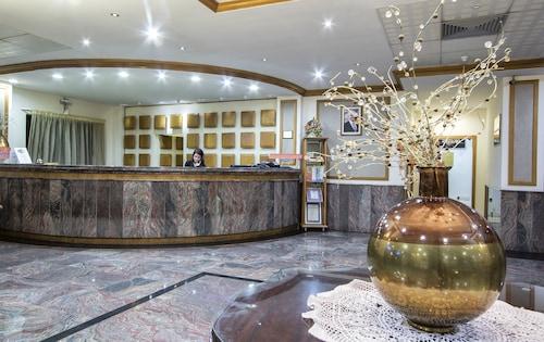 Qawra - Canifor Hotel - z Warszawy, 30 kwietnia 2021, 3 noce