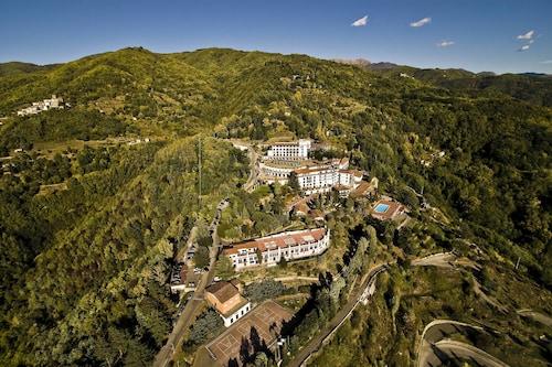 . Renaissance Tuscany Il Ciocco Resort & Spa