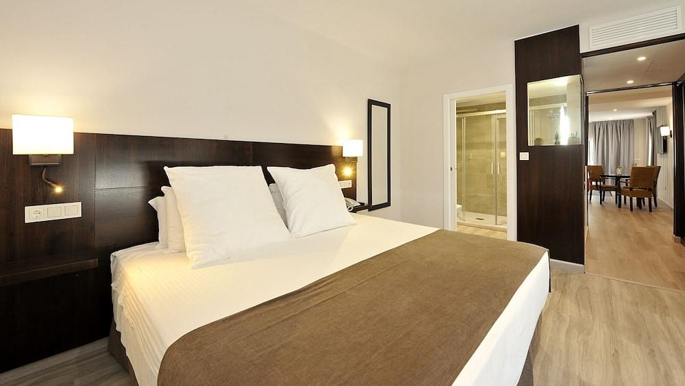 Hotel Salobreña Suites