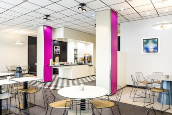 ibis Styles Antony Paris Sud - Breakfast Area  - #0