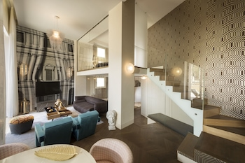 Panoramic Suite, 1 King Bed, Ground Floor (Colosseum View)