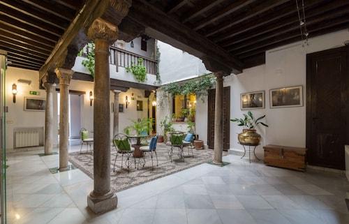 Granada - Casa del Capitel Nazari Hotel - z Krakowa, 21 kwietnia 2021, 3 noce