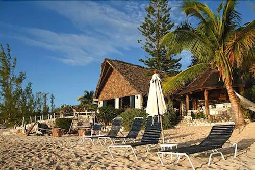 . Fernandez Bay Village