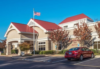 Hotel Front at Residence Inn by Marriott Norfolk Airport in Norfolk