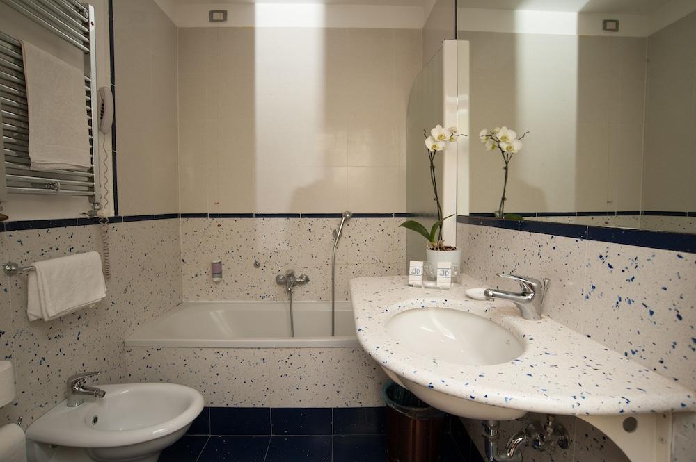 Bath Photo
